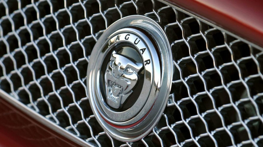 Jaguar Consider Entry Level Coupe to Rival BMW 3er