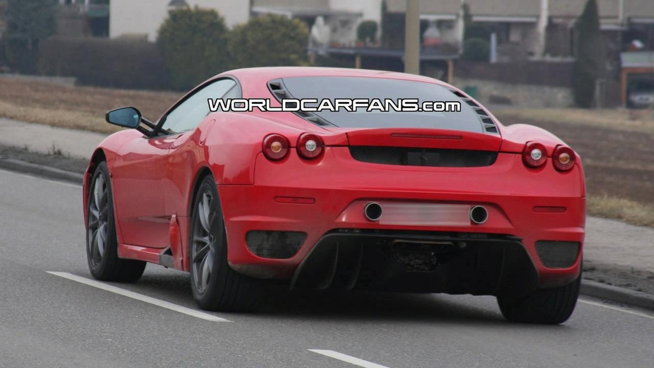 Ferrari F142 Mule Spy Photo