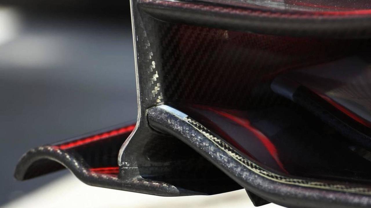 McLaren Mercedes front wing detail - Formula 1 World Championship, Rd 14, Italian Grand Prix, Thursday, 09.09.2010 Monza, Italy