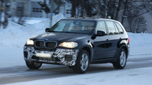 BMW X5 facelift prototype spy photos