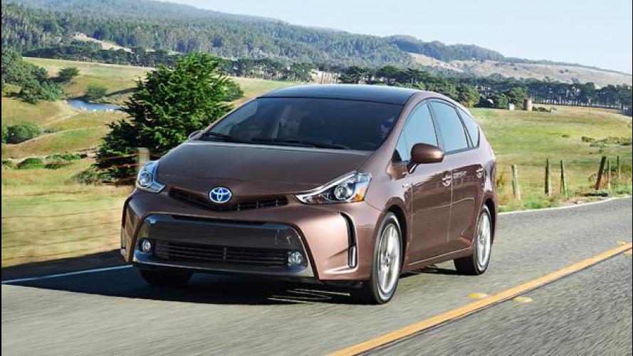 Toyota Prius v restyling