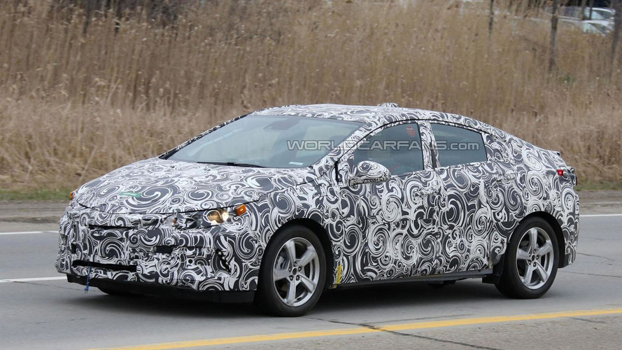 2016 Chevrolet Volt spied undergoing testing in Michigan