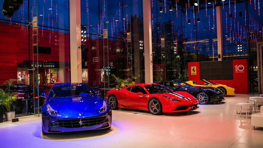 Ferrari celebrates 10 years in Russia with special F12berlinettas