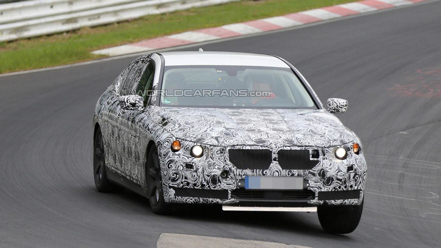 2016 BMW 7-Series spied inside & out [video]