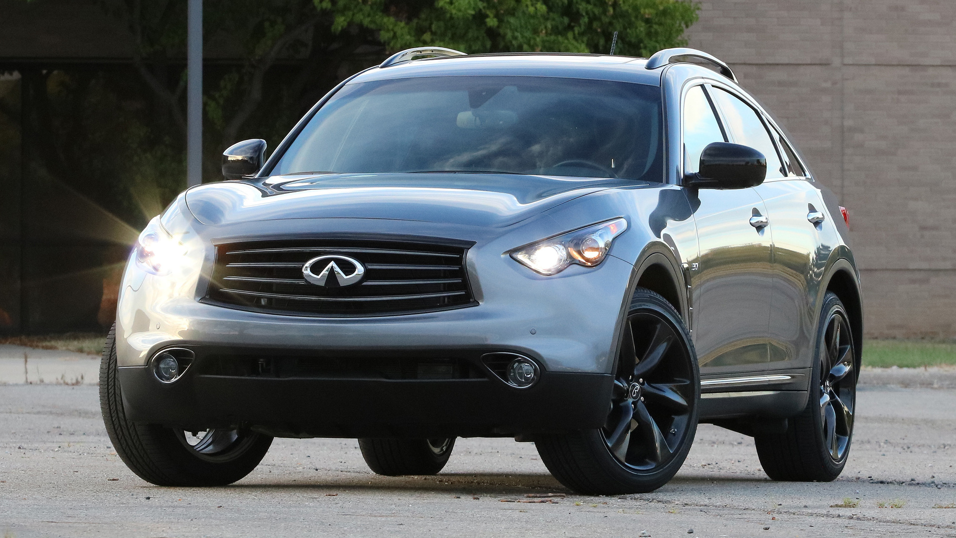 infiniti qx70 officially axed but might come back eventually