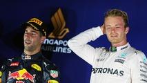 The podium (L to R): second placed Daniel Ricciardo, Red Bull Racing and race winner Nico Rosberg, Mercedes AMG F1