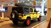 Super 8 Custom Jeep