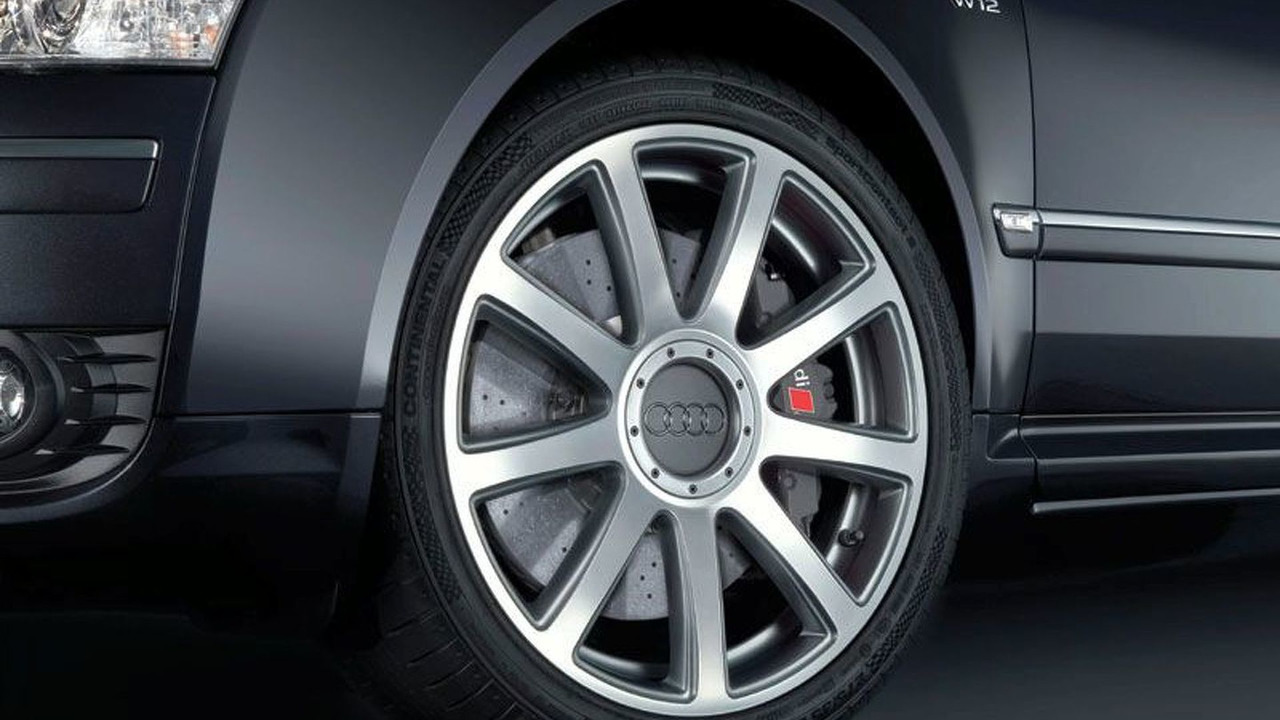 Ceramic brakes for the 12-cylinder Audi A8
