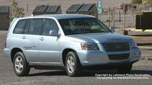 Toyota FCHV Spy Photo