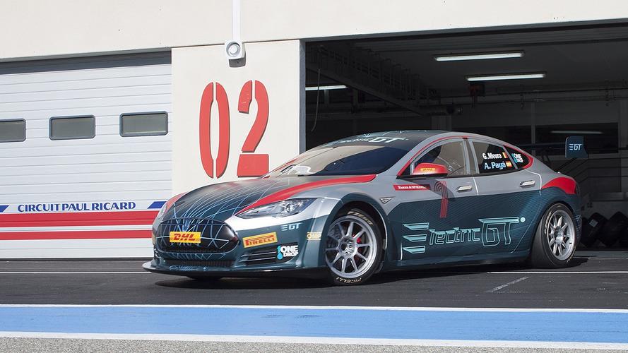 Tesla Model S de corrida, o EGT, vai de 0 a 100 km/h em 2,1 s