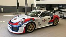 Porsche 911 GT2 RS Martini Livery