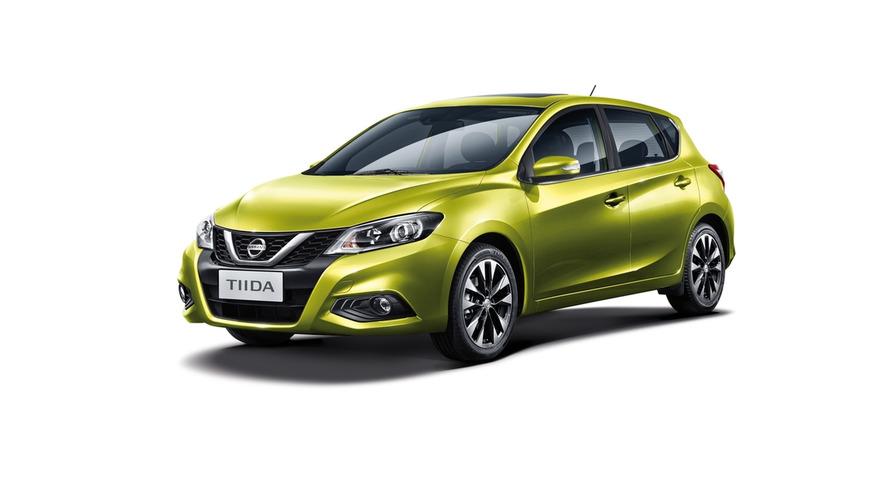 Nissan Tiida is redesigned Pulsar in Beijing