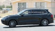 New generation Porsche Cayenne Spied Low Riding
