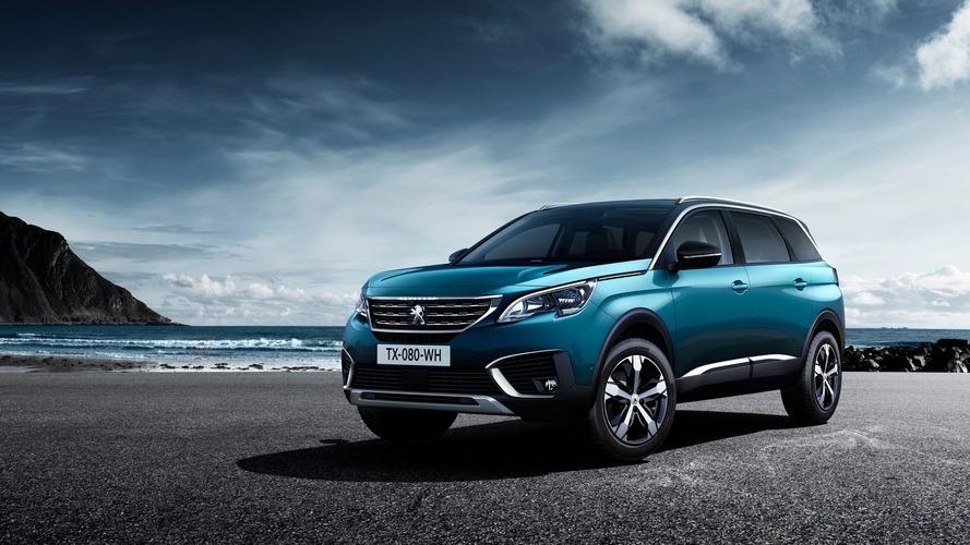 2017 model Peugeot 5008, 7 koltuklu SUV olarak tanıtıldı