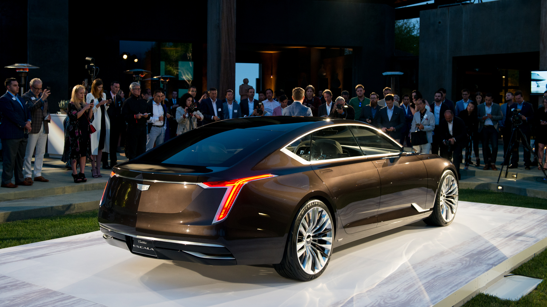 2021 Cadillac Elmiraj Research New