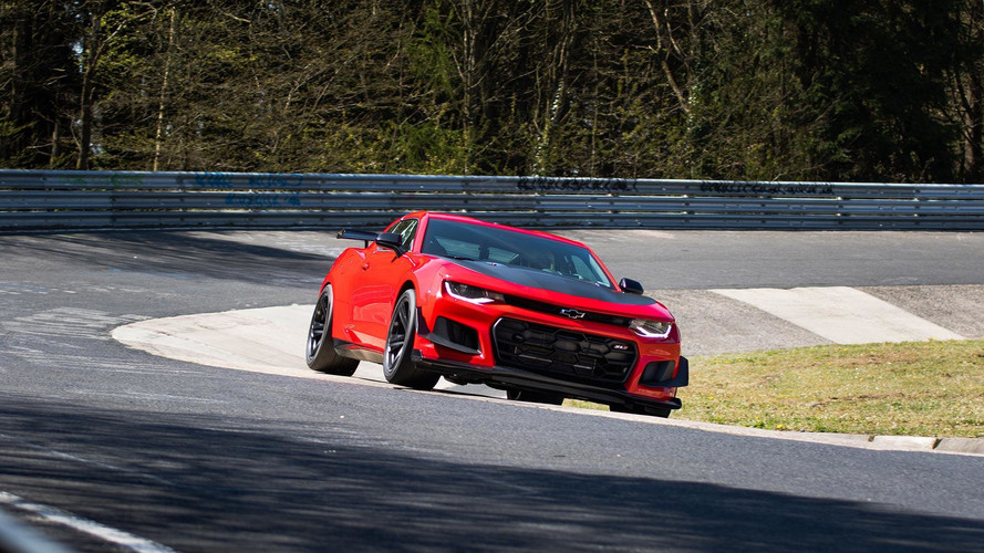 Watch the Chevy Camaro ZL1 1LE smash the 'Ring