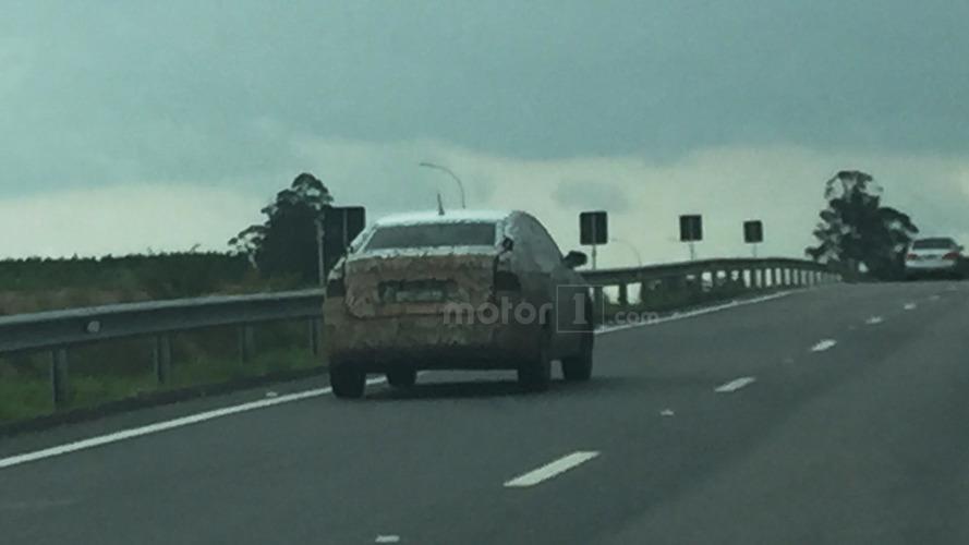 Yeni nesil Volkswagen Voyage yakalandı