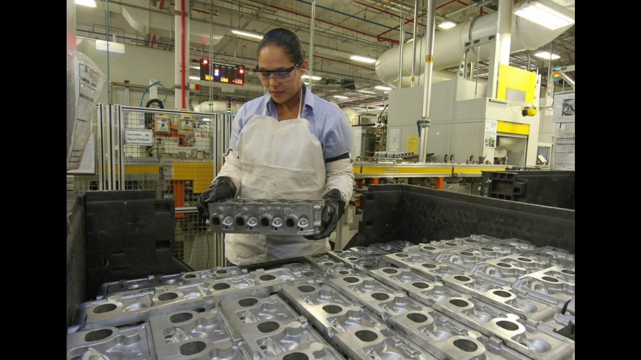 Fábrica da GM em Joinville completa 3 anos; unidade produz motores 1.0 e 1.4