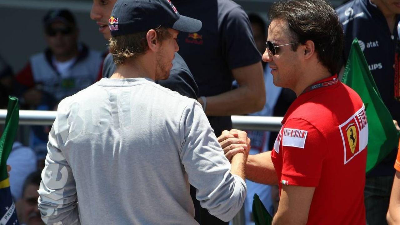 Sebastian Vettel (GER), Red Bull Racing, Felipe Massa (BRA), Scuderia Ferrari, Brazilian Grand Prix, 18.10.2009 Sao Paulo, Brazil