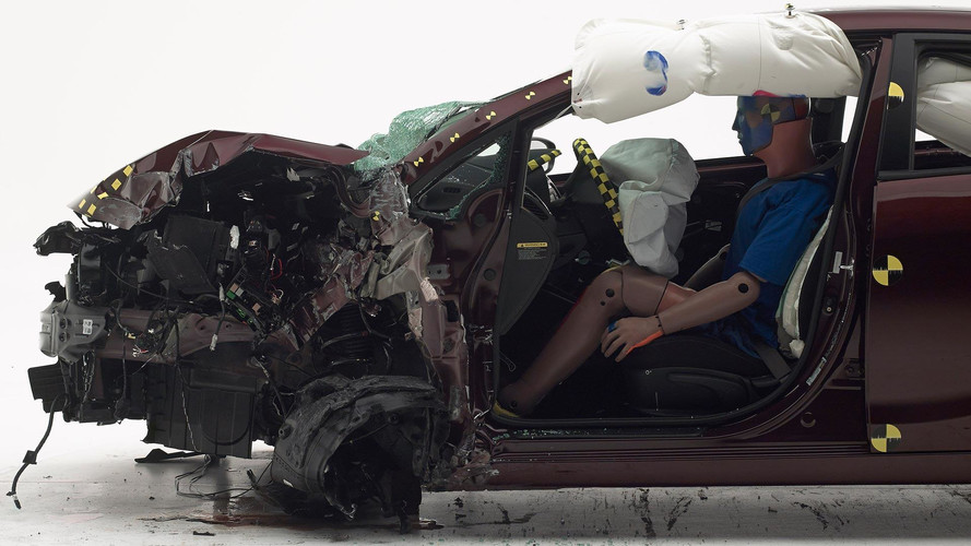 2017 Kia Forte Crash Test