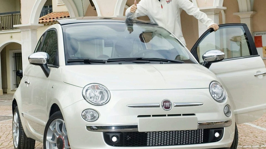 Massa Receives Unique Fiat 500