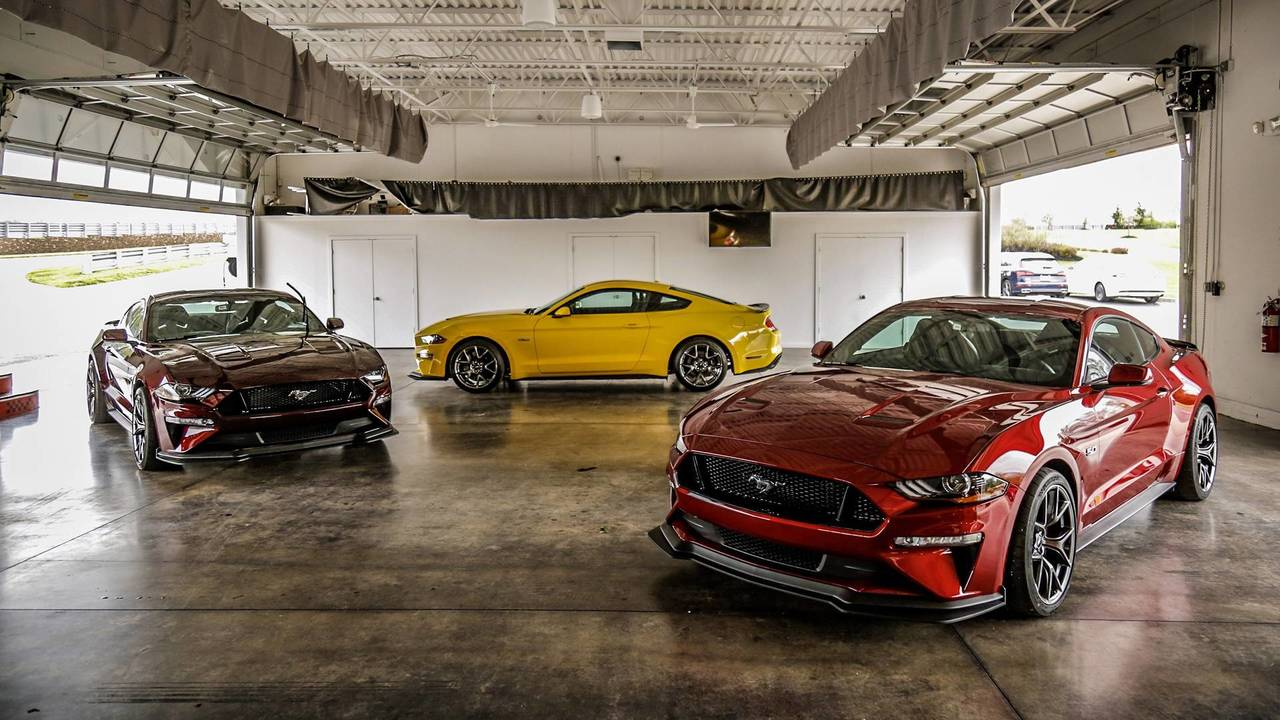 2019 Mustang Cobra >> 2018 Ford Mustang GT Performance Package Level 2 First Drive: A Value-Priced GT350
