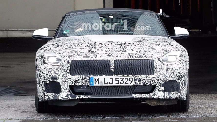 BMW Z4 Production Lights Spy Photos