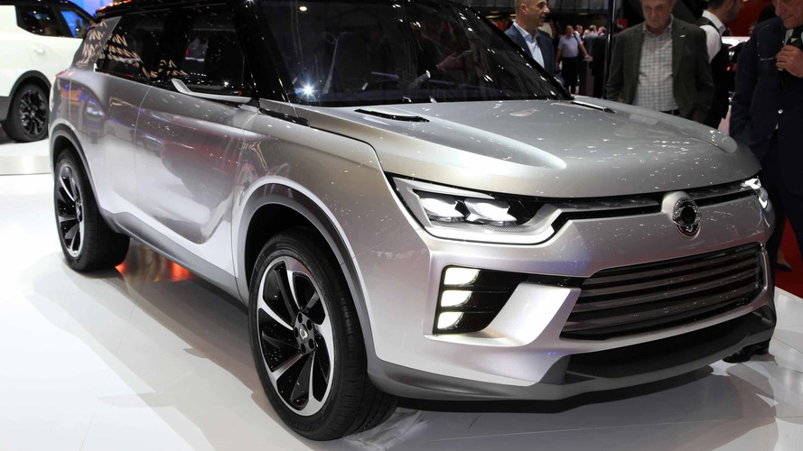 SsangYong SIV-2 previews possible midsize SUV