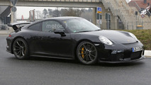Porsche 911 GT3 facelift spy photo
