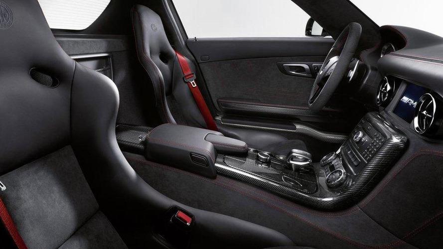 Mercedes SLS AMG Black Series tackles Paul Ricard [video]