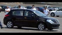 Nissan Tiida ganhará mudanças no visual em breve - Hatch atualizado chega ao Brasil em 2010