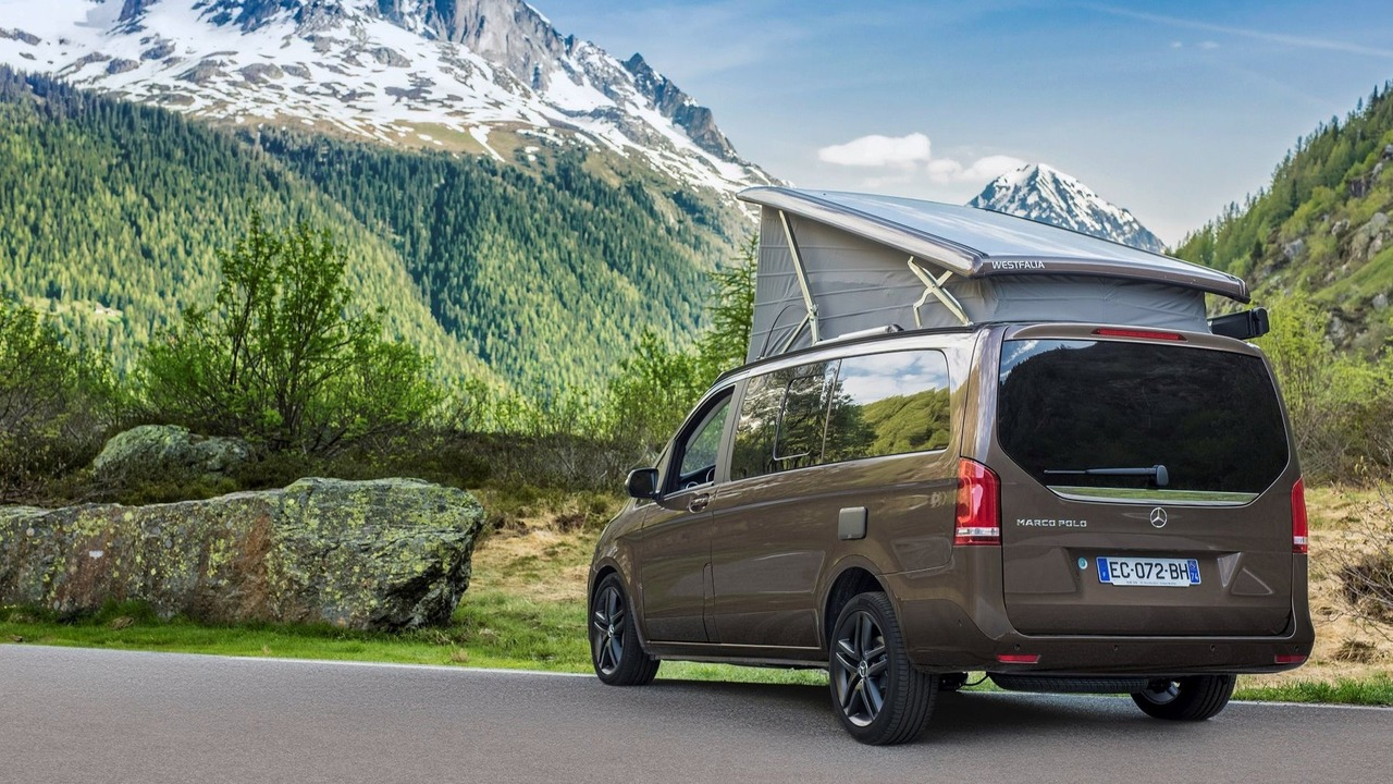 mercedes shows latest factory built vito campers. Black Bedroom Furniture Sets. Home Design Ideas