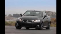 Lexus IS C F-Sport