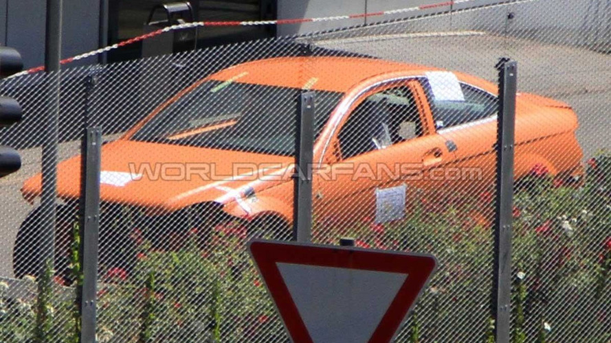 2012 Mercedes C-Class Coupe crash-test-body spied undisguised
