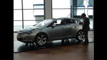 Nuova Opel Astra workshop