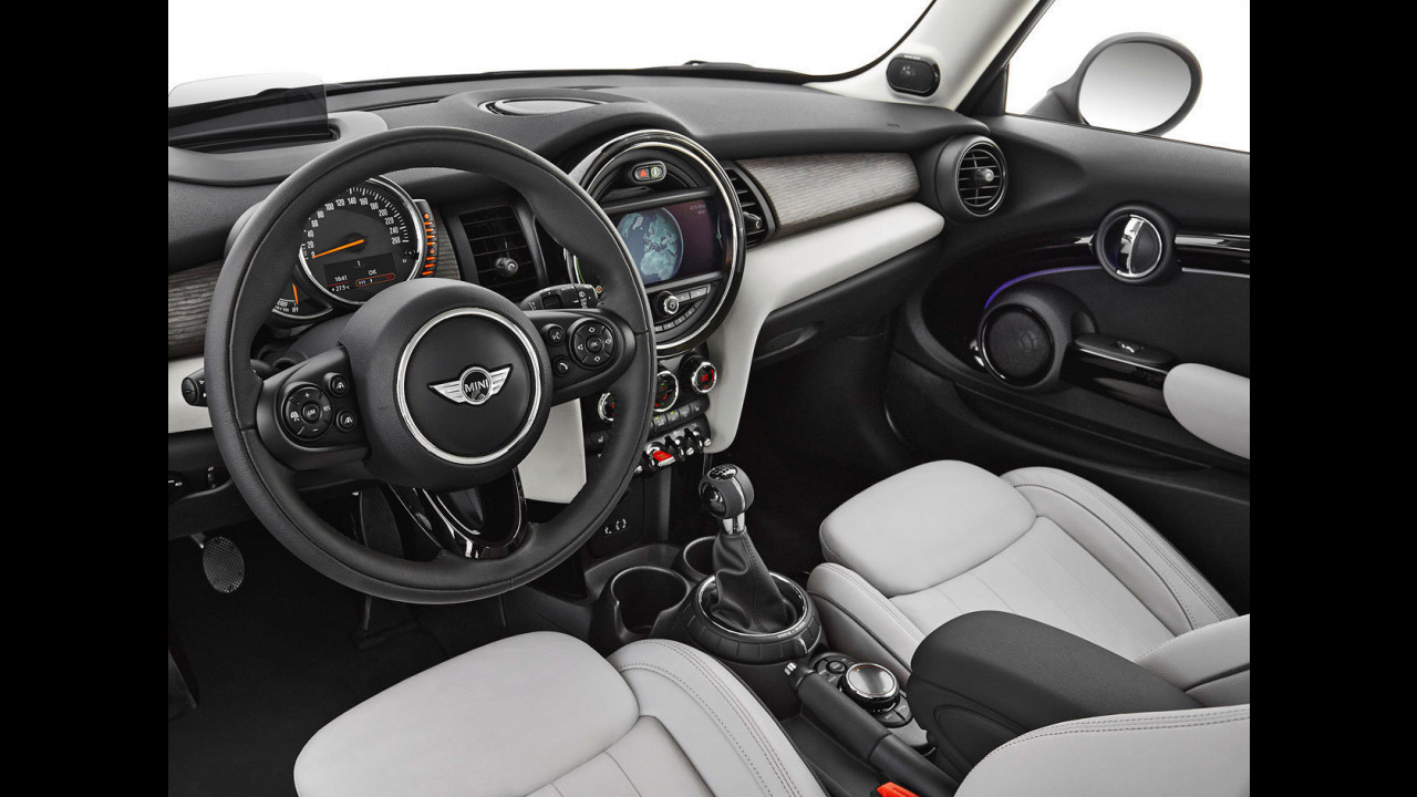 MINI Connected XL Journey Mate