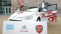 Citroën C4 Arsenal Fans Car & Gerald Scrafe & Arsene Wenger