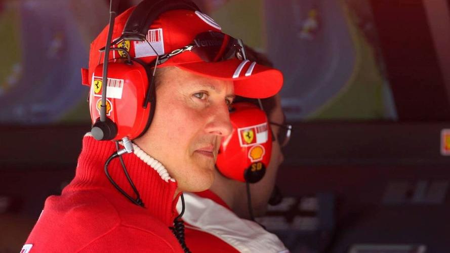 Schumacher calls off comeback, Badoer to race instead