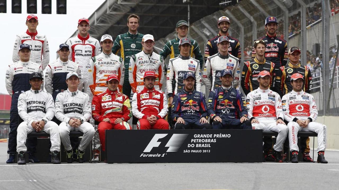 F1 drivers end of season group photograph 24.11.2013 Brazilian Grand Prix