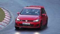 Volkswagen Golf GTI Club Sport spy photo