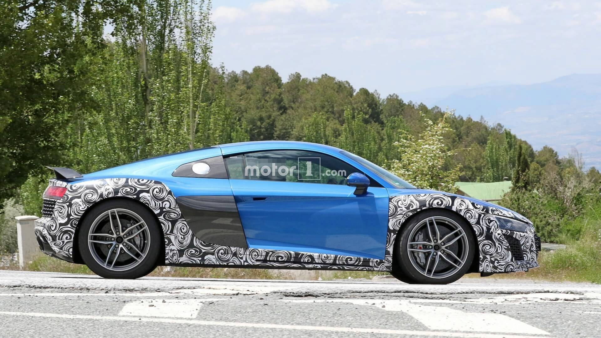 2015 - [Audi] R8 II / R8 II Spider - Page 14 2019-audi-r8-spy-photo