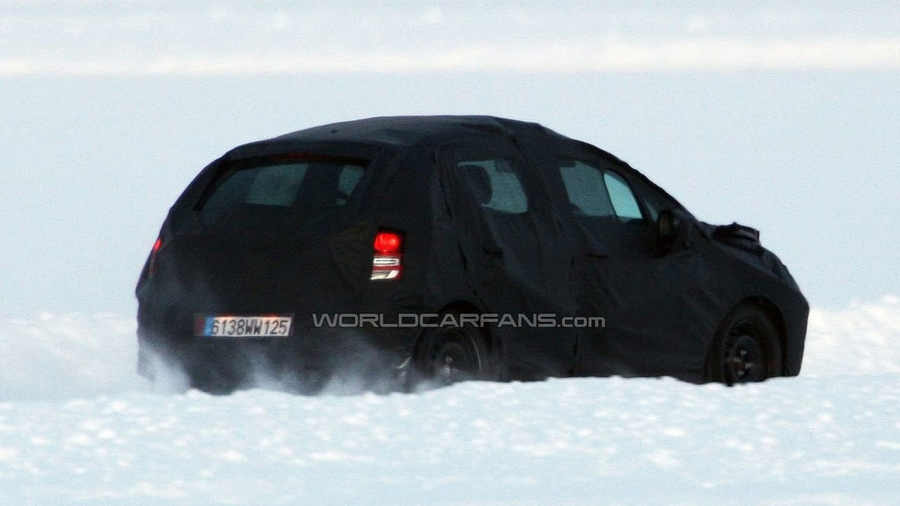 Citroen DS3 5-door spy photo