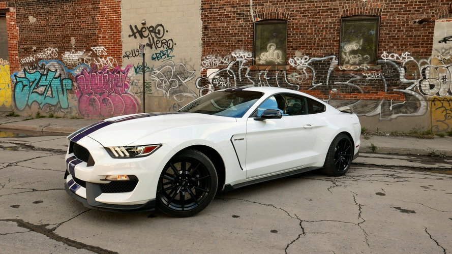 Review: 2016 Ford Mustang Shelby GT350