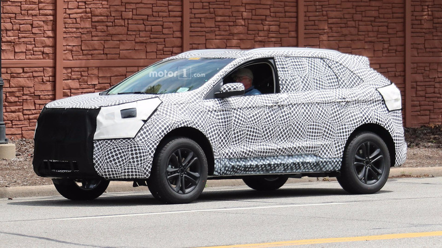 2019 Ford Edge Dearborn yakınlarında testte