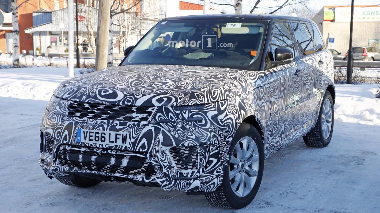 2018 Range Rover Sport plug-in hybrid spy photo