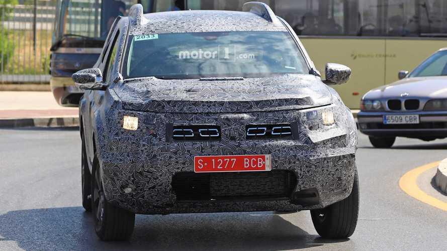 2018 Dacia Duster spy photos
