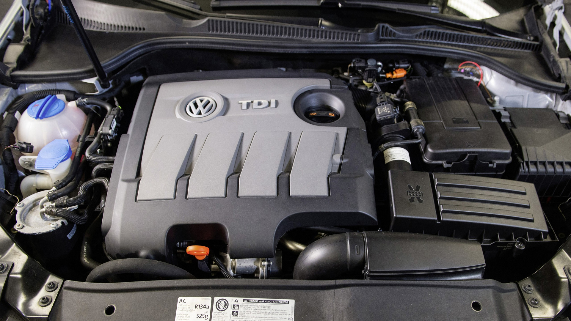 vw gets 1 6 tdi fix approval and says diesel trick is. Black Bedroom Furniture Sets. Home Design Ideas