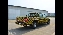 Jiangling lança na China picape T7 com frente clonada da VW Amarok