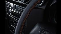 Defender série especial LXV comemora 65 anos da Land Rover