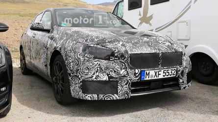 Flagra - Vídeo mostra BMW Série 1 com tração dianteira em ação